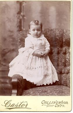 Castor Photography Collingwood - Child in christening gown